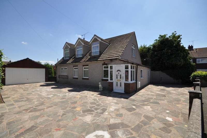 4 Bedrooms Chalet House for sale in Brights Avenue, Rainham, Essex, RM13