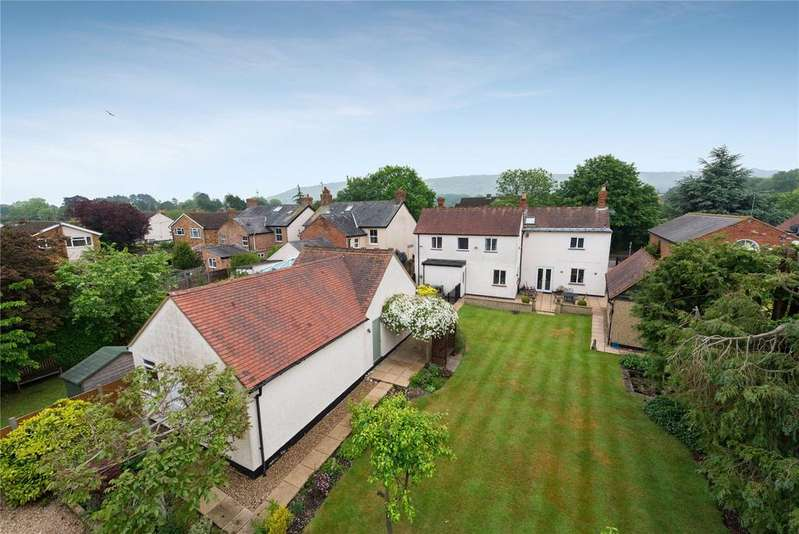 4 Bedrooms Detached House for sale in Lower Icknield Way, Chinnor, Oxfordshire, OX39