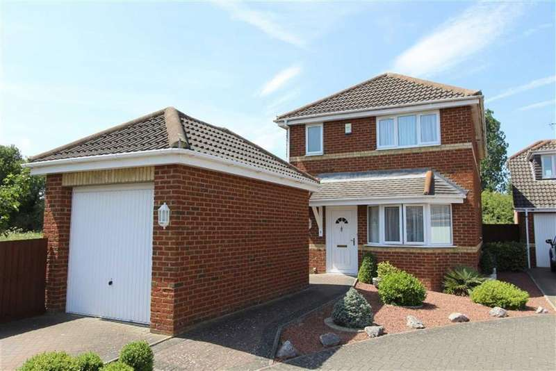 3 Bedrooms Detached House for sale in Old Dairy Court, Leighton Road, Hockliffe