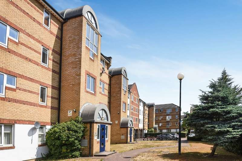 2 Bedrooms Flat for sale in Dunnage Crescent, Surrey Quays