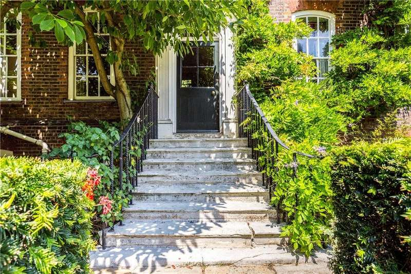 7 Bedrooms Terraced House for sale in Clapham Common North Side, Clapham, SW4