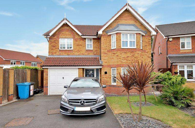 4 Bedrooms Detached House for sale in Elstree Court, Widnes