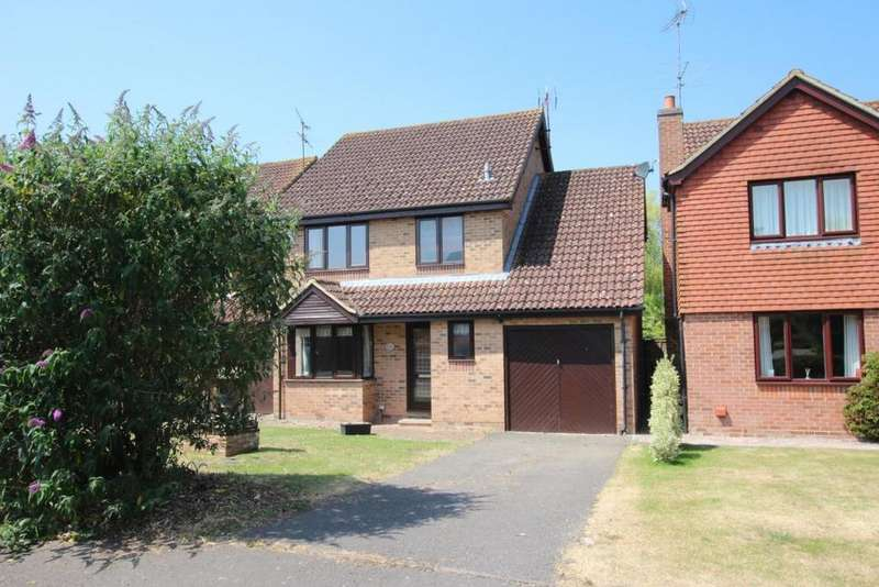 4 Bedrooms Detached House for sale in Foxborough, Reading, RG7