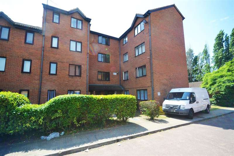 1 Bedroom Apartment Flat for sale in Porter Close, West Thurrock