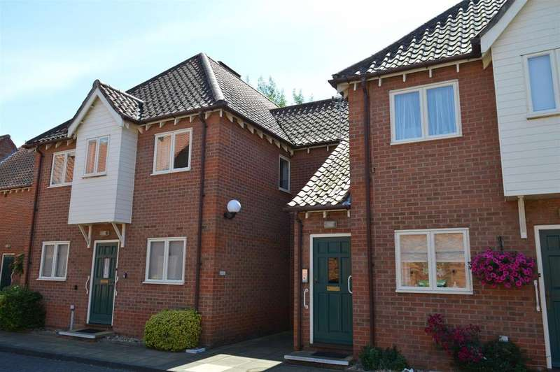 2 Bedrooms Apartment Flat for sale in Berkeley Court, Sleaford
