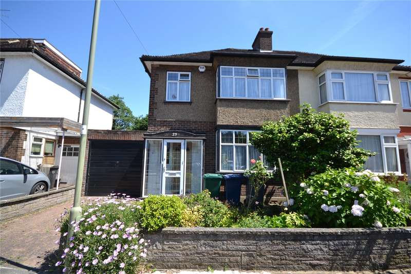 3 Bedrooms Semi Detached House for sale in Derwent Crescent, Whetstone, London, N20