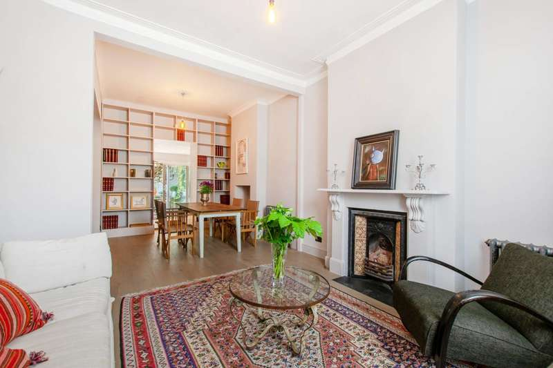 4 Bedrooms Semi Detached House for sale in Robertson Street, Diamond Conservation Area, SW8