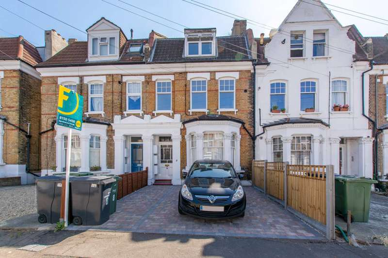 2 Bedrooms Flat for sale in Bournevale Road, Streatham, SW16