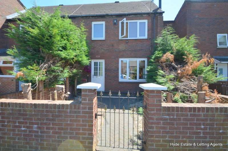 3 Bedrooms Terraced House for sale in Brow Avenue, Manchester