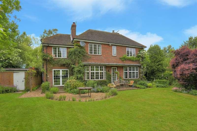 4 Bedrooms Property for sale in Hudnall Lane, Little Gaddesden, Berkhamsted