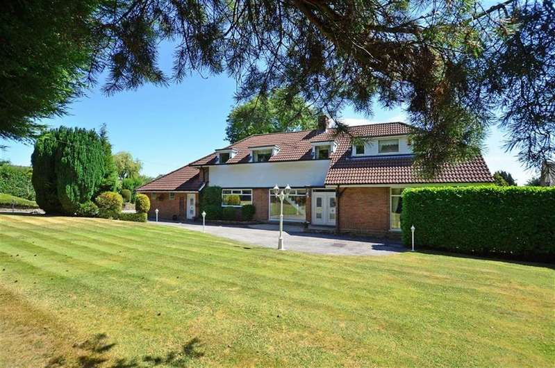 4 Bedrooms Detached House for sale in The White House, Vicarage Lane, Dore, Sheffield, S17