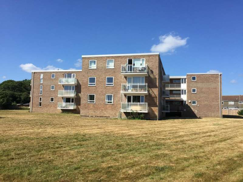 2 Bedrooms Apartment Flat for sale in Flat 3 De Haviland House 4, Curlew Road, Christchurch, BH23