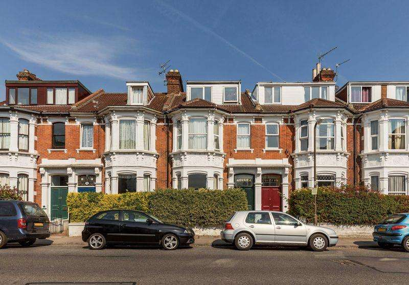5 Bedrooms Terraced House for sale in St. Ronans Road, Southsea