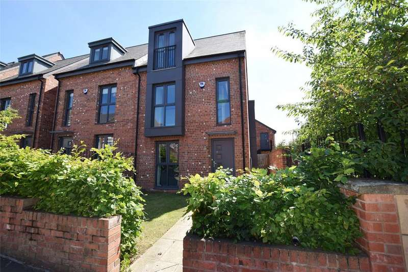 4 Bedrooms Semi Detached House for sale in Gateshead