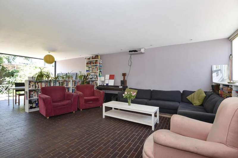 4 Bedrooms Terraced House for sale in Ebbisham Drive, Vauxhall