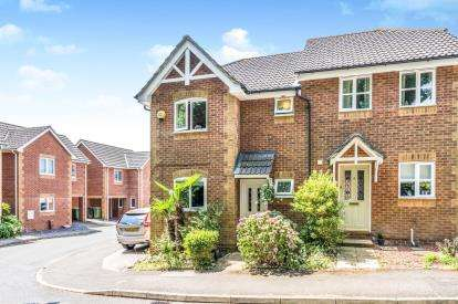 3 Bedrooms Semi Detached House for sale in Southampton, Hampshire, Uk