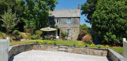 4 Bedrooms Detached House for sale in Wadebridge, Cornwall