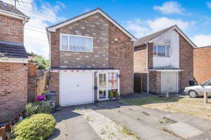 3 Bedrooms Detached House for sale in Foxcroft Close, Leicester