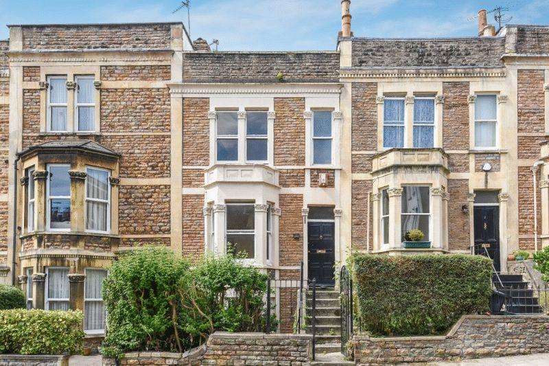 3 Bedrooms Terraced House for sale in Normanton Road, Clifton