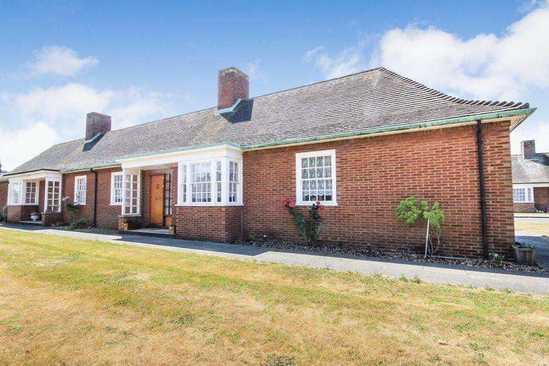 2 Bedrooms Semi Detached Bungalow for sale in Sir Malcolm Stewart Homes, Stewartby
