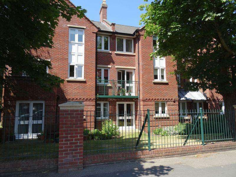 1 Bedroom Apartment Flat for sale in Georgian Court, Spalding