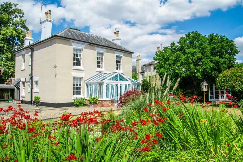 4 Bedrooms Detached House for sale in Habberley Road, Bewdley