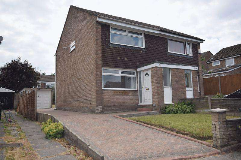 2 Bedrooms Semi Detached House for sale in Witham Close, Heywood