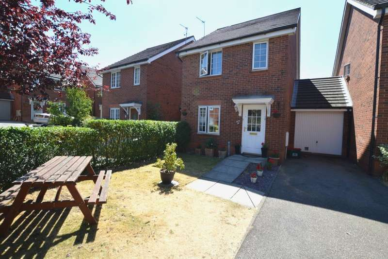 3 Bedrooms Detached House for sale in Delaisy Way, Winsford, CW7