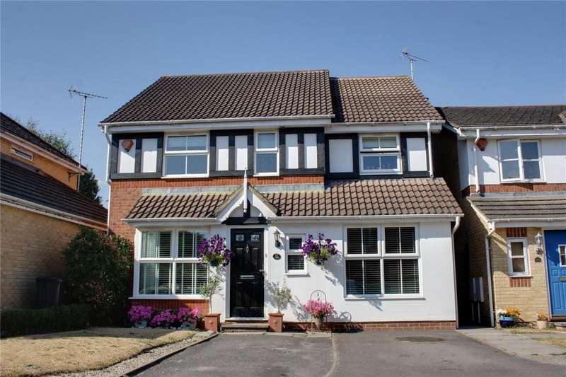 4 Bedrooms Detached House for sale in Derry Close, Ash Vale, Aldershot, Surrey, GU12