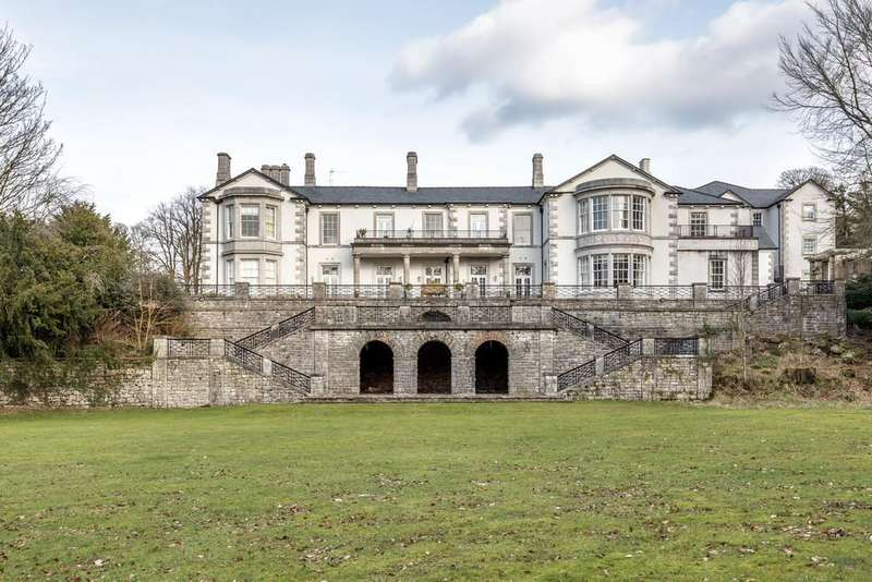 2 Bedrooms Apartment Flat for sale in Hazelwood Hall, Hollins Lane, Silverdale, Carnforth, Lancashire LA5 0UD