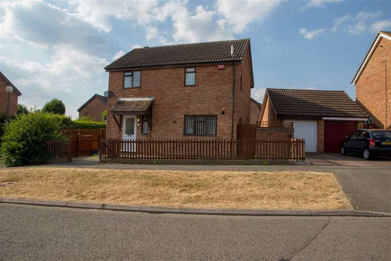 3 Bedrooms Detached House for sale in Stonegate, Bancroft, Milton Keynes