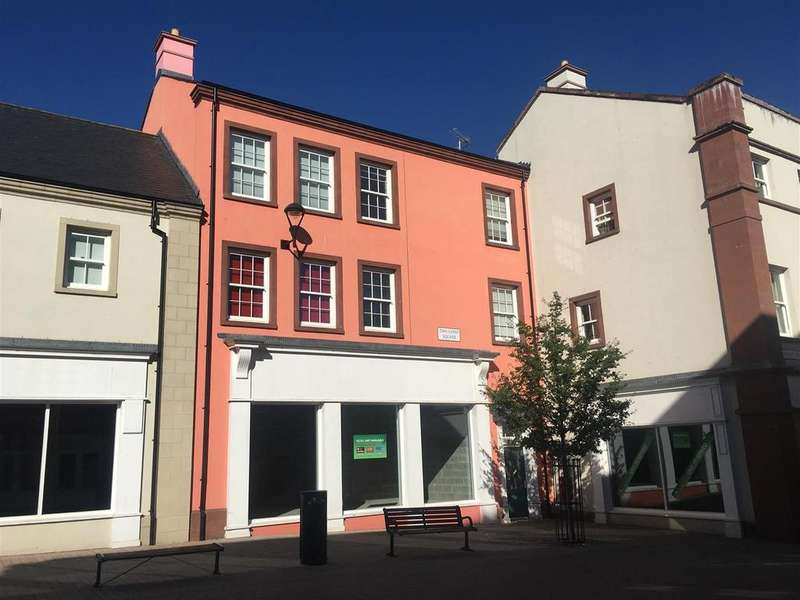 2 Bedrooms Apartment Flat for sale in Two Lions Square, Penrith New Squares, Penrith