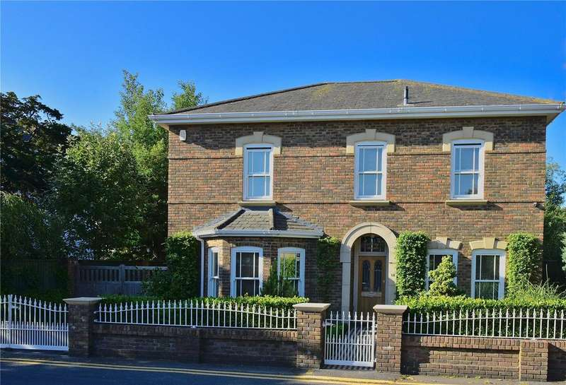 4 Bedrooms Detached House for sale in Somerville Road, Bournemouth, Dorset, BH2