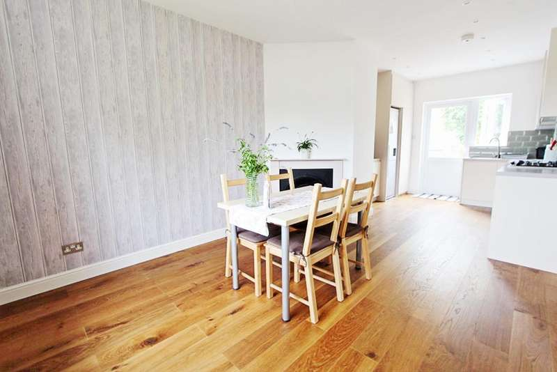 3 Bedrooms House for sale in Waltheof Gardens, London