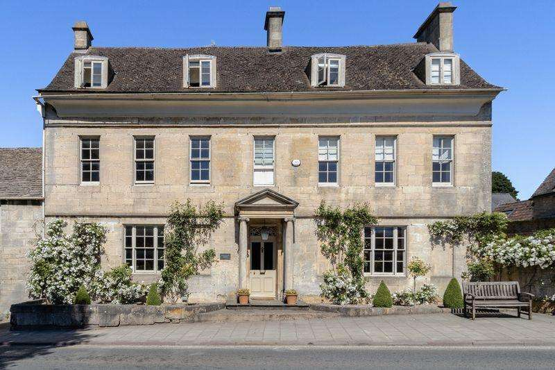 6 Bedrooms House for sale in New Street, Painswick