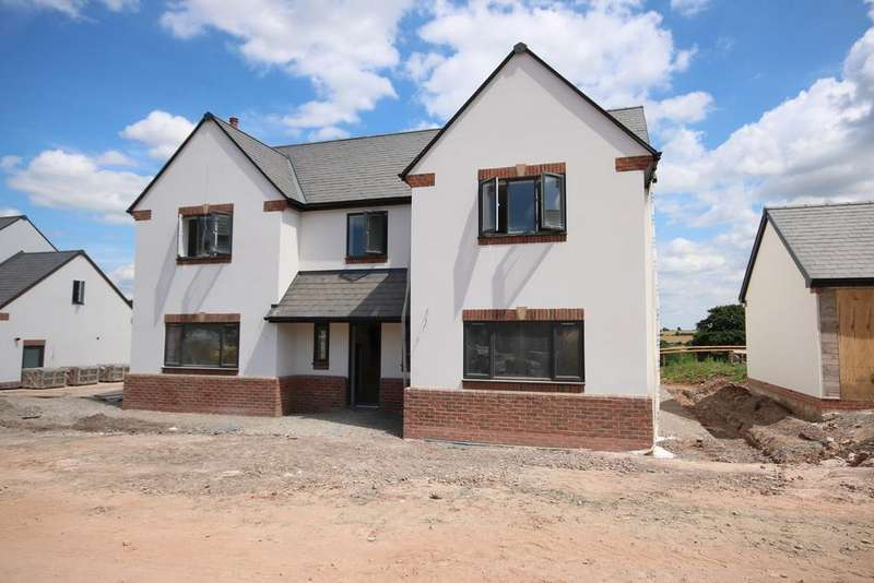 4 Bedrooms Detached House for sale in Bromsash, Near Ross-on-Wye, Herefordshire, HR9
