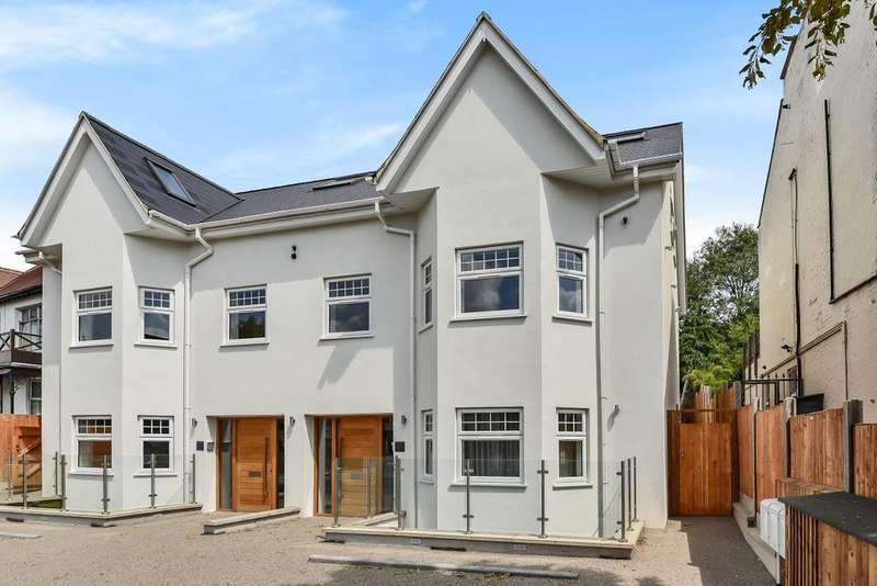 3 Bedrooms Flat for sale in Colney Hatch Lane, Muswell Hill