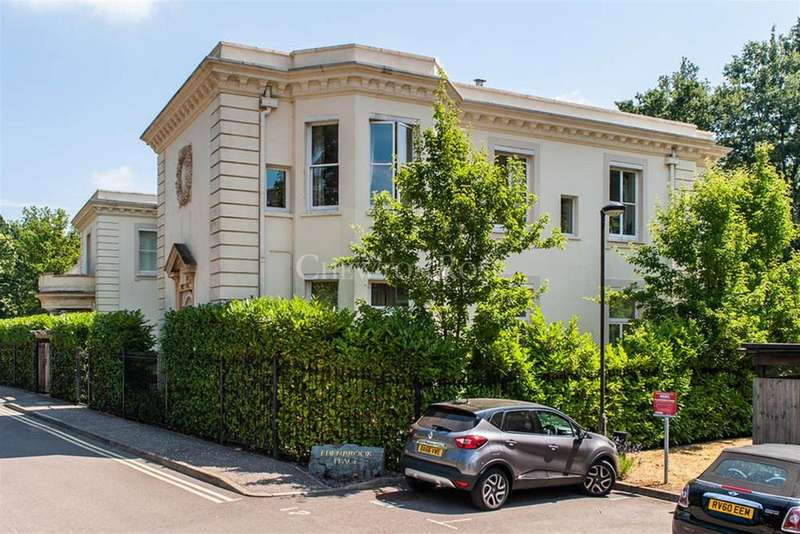 3 Bedrooms Flat for sale in Edenbrook Place Ascot