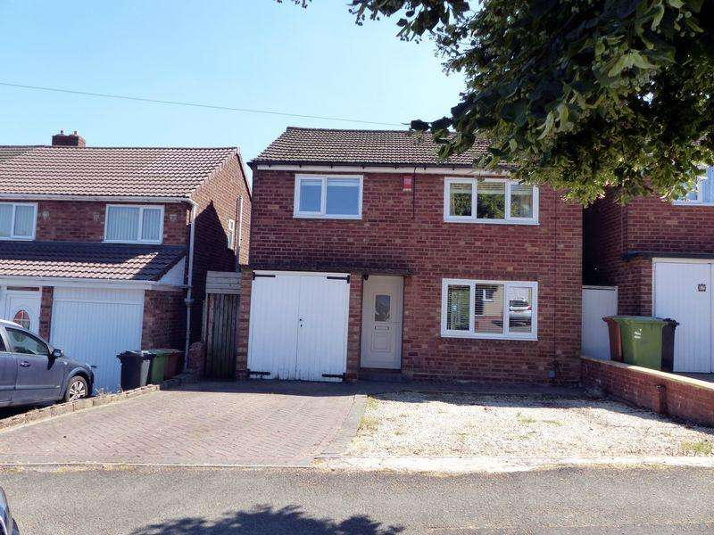 3 Bedrooms Detached House for sale in Waverley Avenue, Great Barr