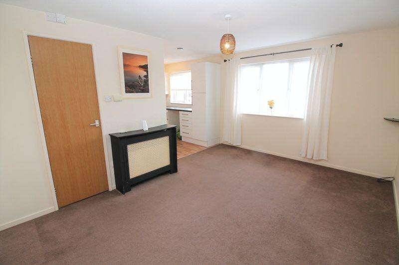 Studio Flat for sale in Kennmoor Close, Longwell Green, Bristol