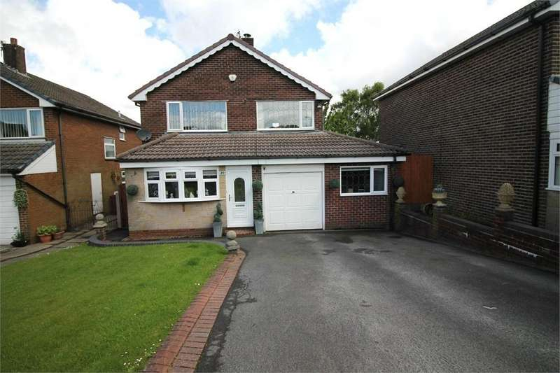 4 Bedrooms Detached House for sale in Kinross Drive, Ladybridge, BOLTON, Lancashire