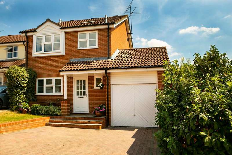 4 Bedrooms Detached House for sale in Anston Close, Lower Earley