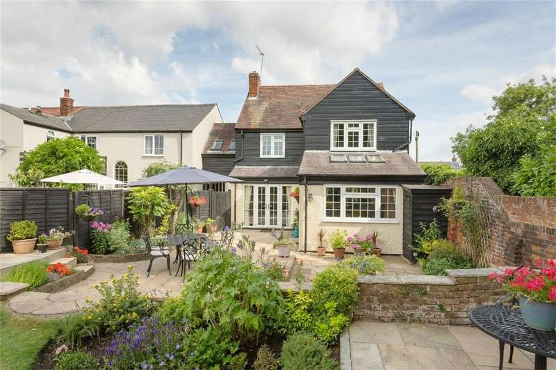 4 Bedrooms Detached House for sale in Thrimley Lane, Farnham, BISHOPS STORTFORD, Herts