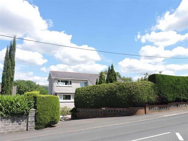 4 Bedrooms Detached House for sale in Cwmamman Road, Glanamman