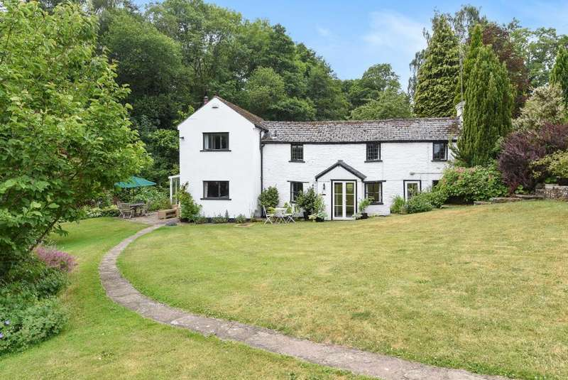 3 Bedrooms Detached House for sale in West Herefordshire, Newton St Margarets, HR2