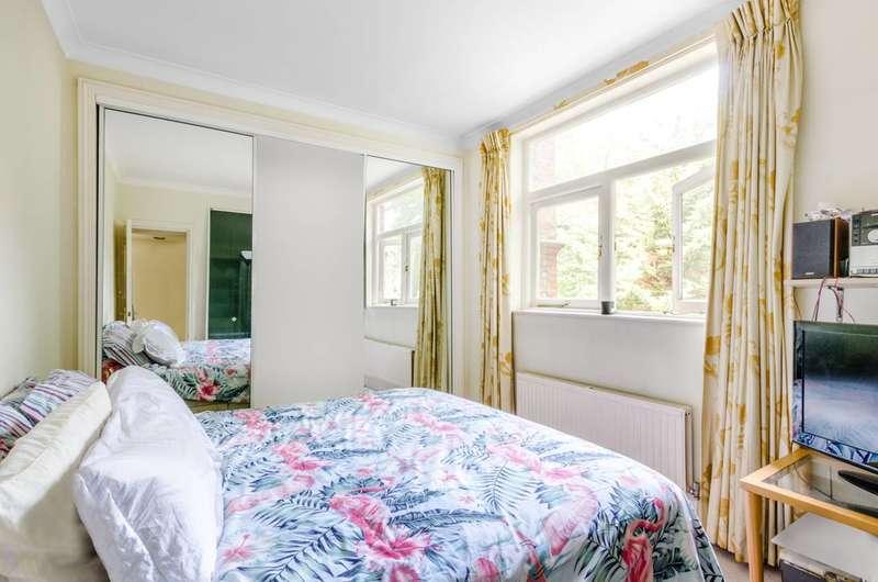 1 Bedroom Flat for sale in Eton Avenue, Belsize Park, NW3