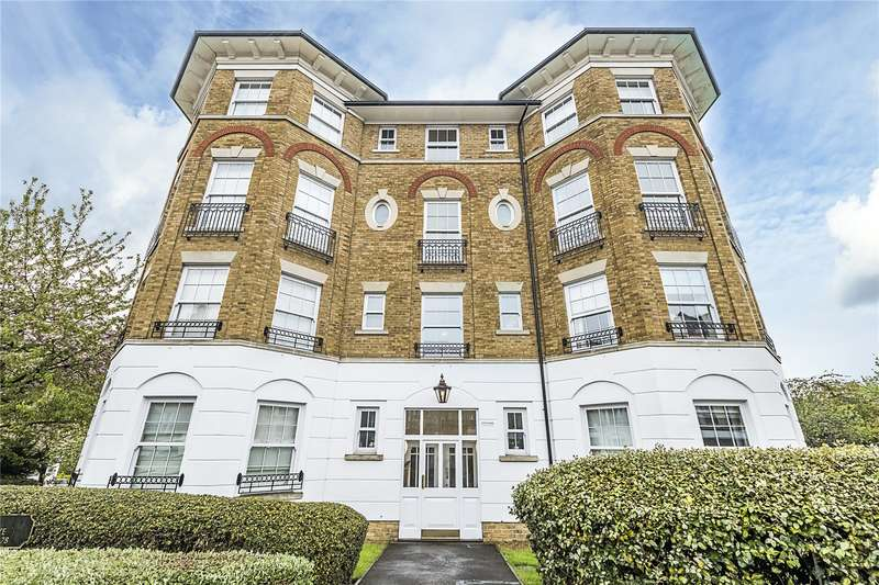 2 Bedrooms Flat for sale in Southlands Drive, London, SW19
