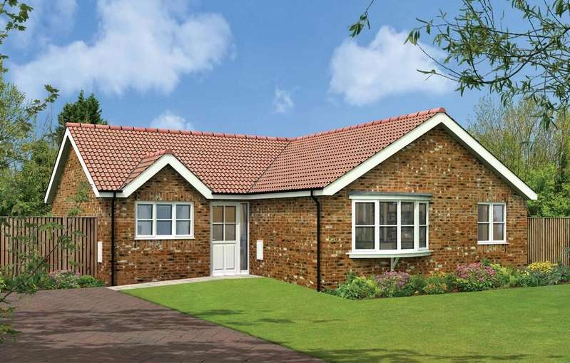 3 Bedrooms Detached Bungalow for sale in Louth Outskirts