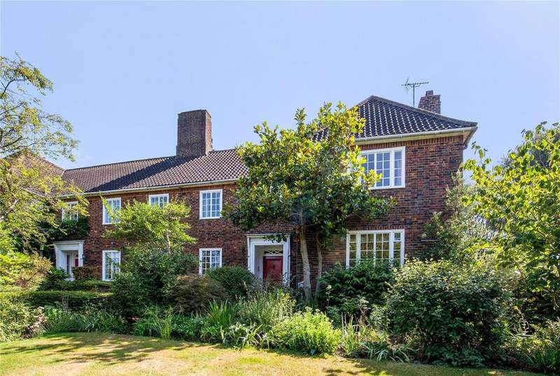 4 Bedrooms Semi Detached House for sale in Bunkers Hill, Hampstead Garden Suburb, London, NW11