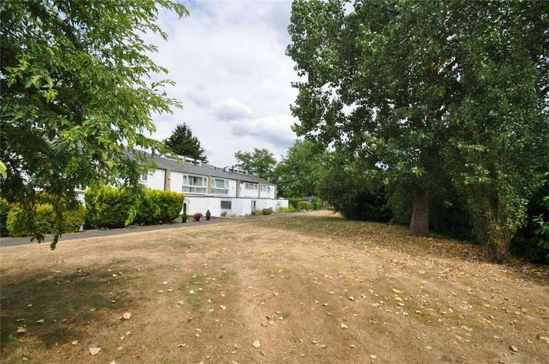 3 Bedrooms End Of Terrace House for sale in Stoneycroft, WELWYN GARDEN CITY, Hertfordshire